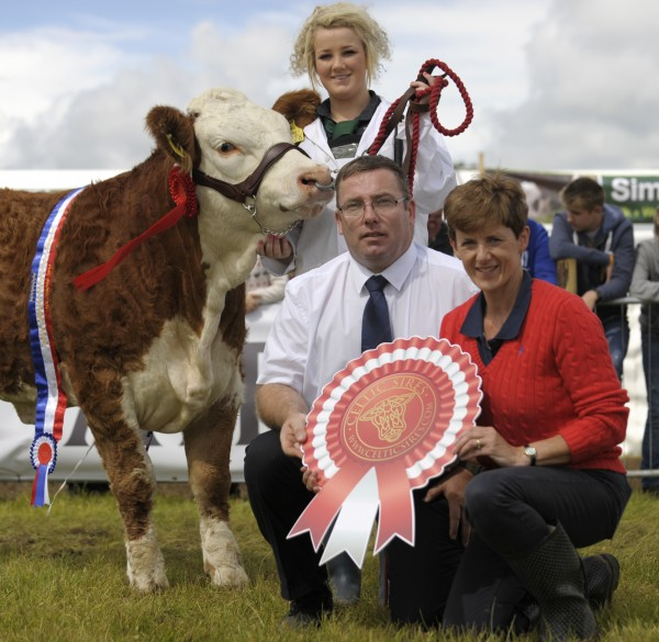 Angela Brickly, Celtic Sires pictured with Tom Moloney launching the Irish Simmental National Calf finals at Strokestown Show on Saturday 13th September.