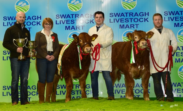 Rodgers Family lifted the pedigree championship with Draperhill Orlando bred by Slieve Leanardo. Jalex Herd was Reserve Champion with Jalex Ohyeah bred by Bassingfield Hobama. Pictured with prizewinning cattle is judge Jennifer Hyslop and Club Chairman Cahir McAuley